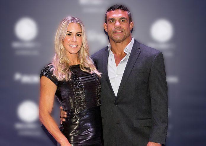 Joana Prado e Vitor Belfort ficaram indignados com a situação que ocorreu em um estabelecimento dos Estados Unidos (Foto: Divulgação RecordTV)