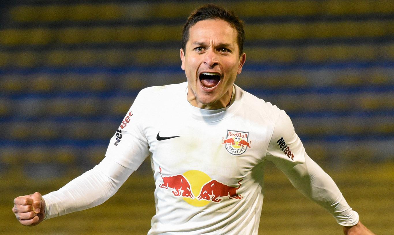 Artur marcou um gol na vitória do Red Bull Bragantino sobre o Libertad do Paraguai e é vice-artilheiro da Sul-Americana (Foto: goal.com)